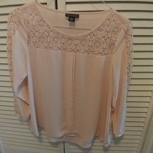 Metaphor Lace Shoulder And Sleeve Top Small